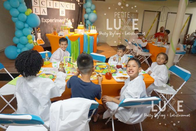 science-party-cake-table-petite-luxe-par