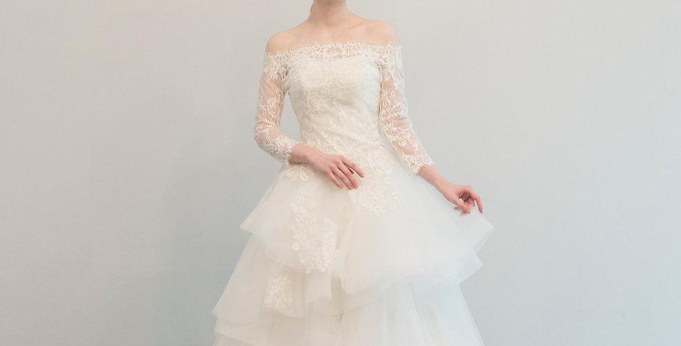 언밸런스 레이스 튤 드레스 ( 대여 )