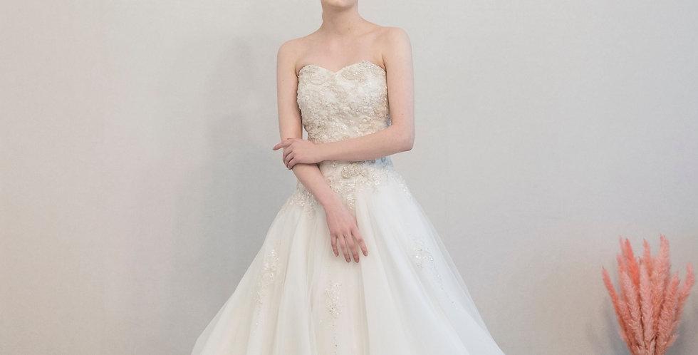 에이라인 비즈 튤 드레스 ( 대여 )