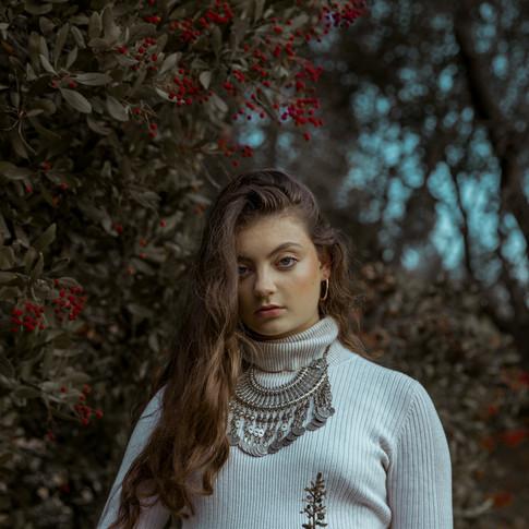 Photographer DANICA NEUHAUS @danicaneuhaus Muse ALISA LEVINSON @alisalevins Styling JASMINE BOUZAGLOU @jasminebouzaglou Makeup LAURA ARANGO @lauraarangoartistry