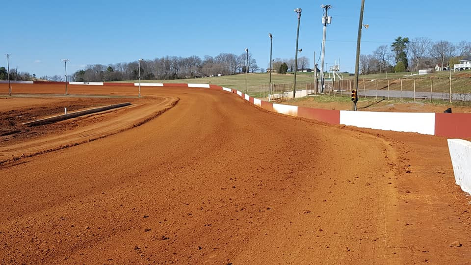 Smoky Mountain Speedway is the best place for racing near the Smoky Mountains.