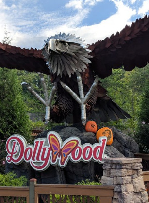 Don't know what to do in Pigeon Forge? Dollywood is a no-brainer.