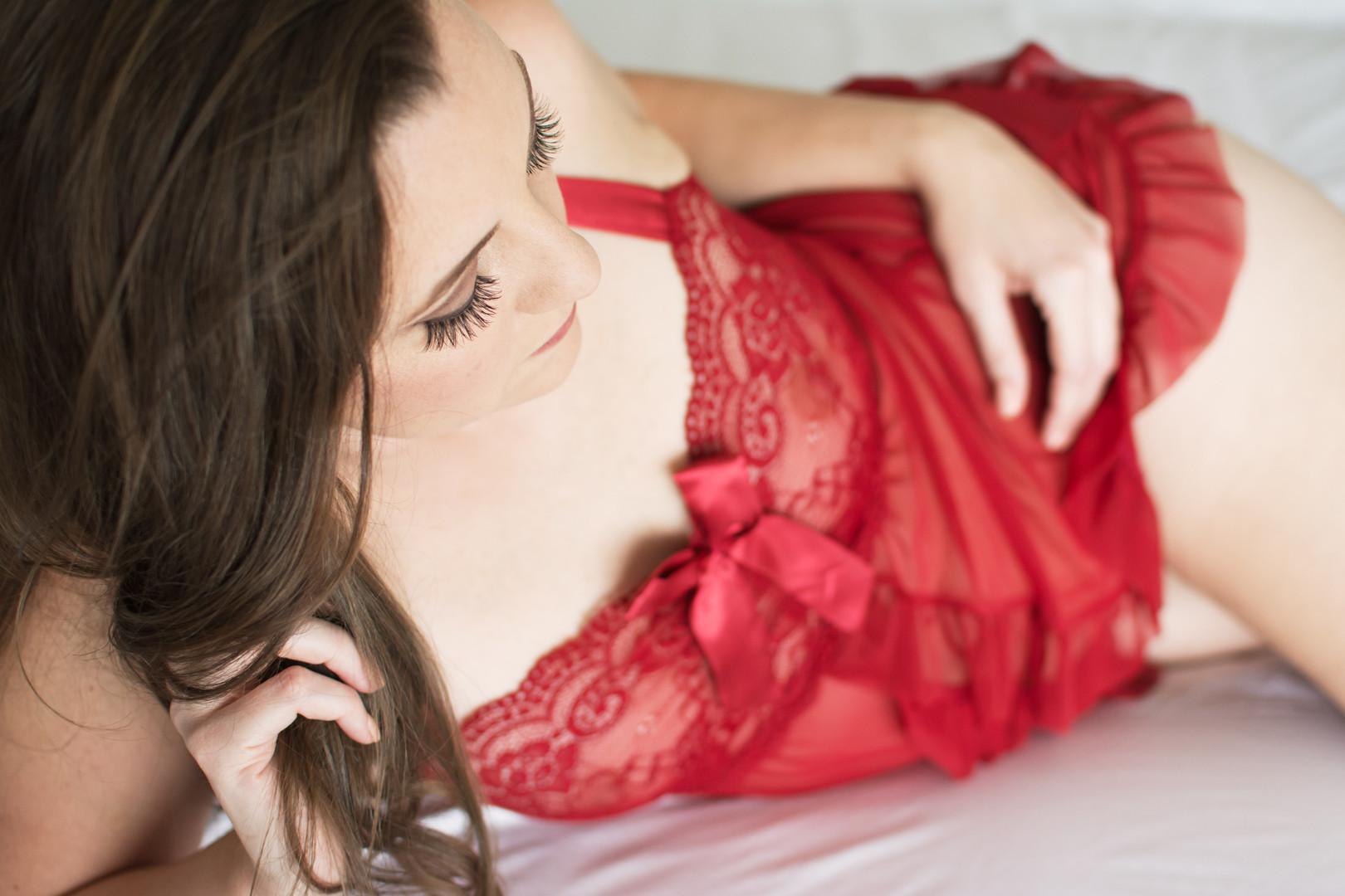 Lisa_Schwerin_Boudoir_Bedroom_Lingerie_Portrait_Photographer_Fort_Smith_Fayetteville_Rogers_Arkansas