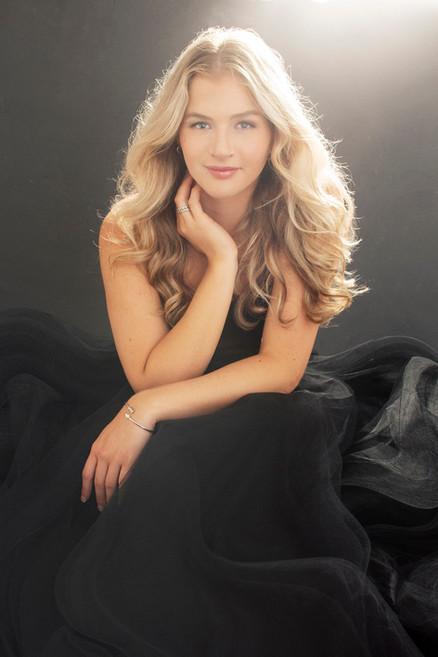 Lisa_Schwerin_Fort Smith_Arkansas_Headshot_Beauty_Photographer_Picture_Perfect_