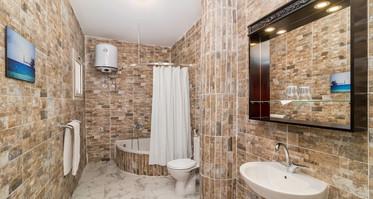 Room1_bathroom — копия.jpg