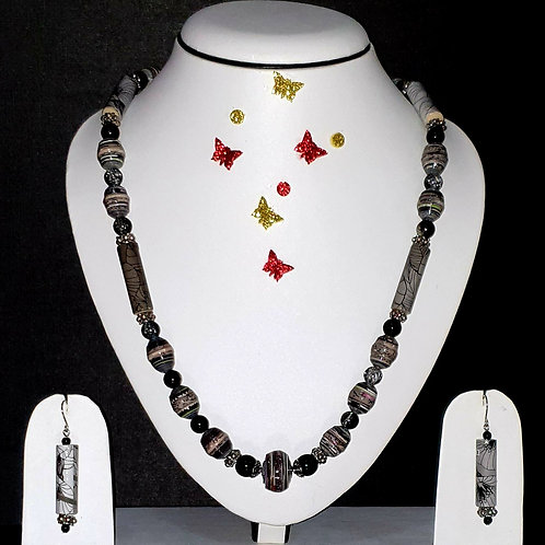 Neck piece set of black and brown beads with matching ear rings