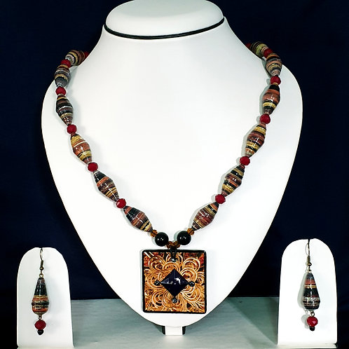 Brown & Black Medium Set with Square Pendant