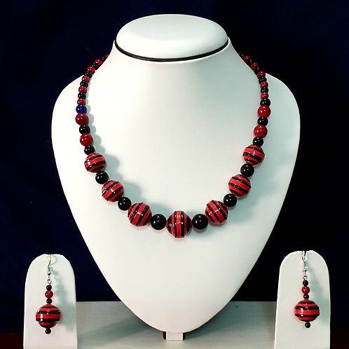 Red & Black High Neck Set with Drop Round Earrings