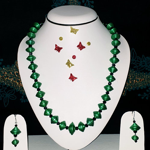 Neck piece set of disk design green beads with matching ear rings