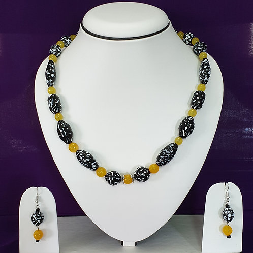 Black & Mustard Yellow Set With Matching Earrings