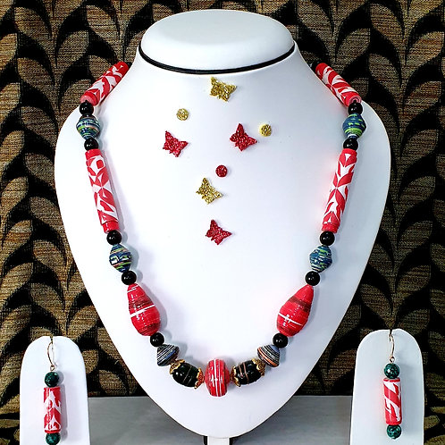 Neck piece set of red and green beads with matching ear rings