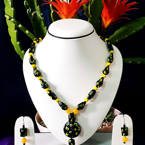 Yellow & Black Bee Mimic Set with Matching Earrings