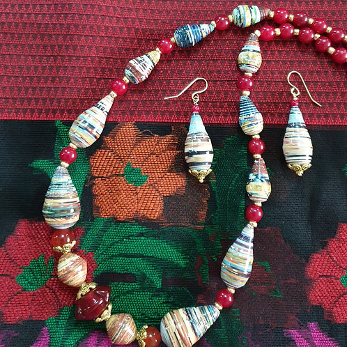 Neck piece set of  green and brown beads and with mathing ear rings