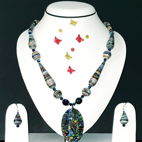 Neck piece set of  green and blue cone and round beads with large pendant