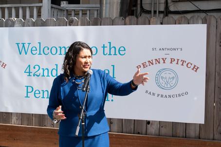 Penny-Pitch_2019_Mayor-Breed-Speaking.jp