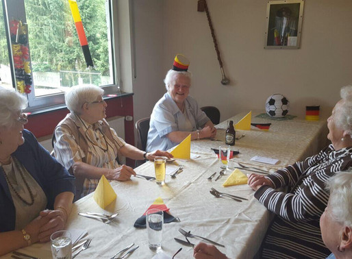 Schwarz-Rot-Seniorentag