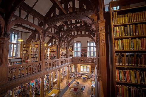 gladstones-library-3510547_640.jpg