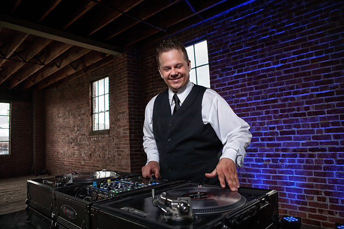 DJ in Erie, Pennsylvania