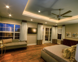 eb51b8680dece67c_3340-w500-h400-b0-p0--contemporary-bedroom.jpg