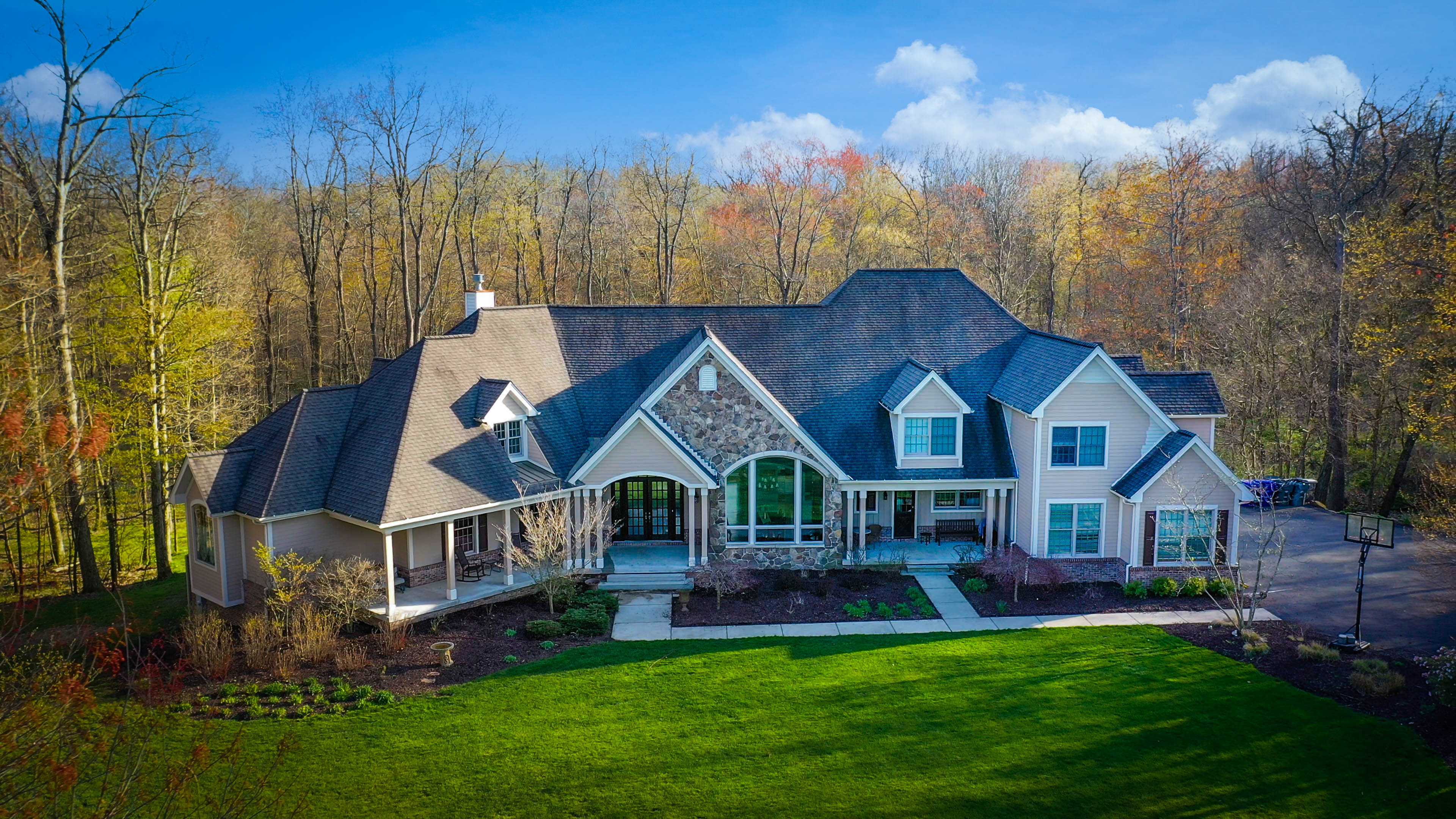 RESIDENTIAL AERIAL PHOTOGRAPHY