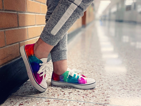 How to Create Easy Tie Dyed Shoes