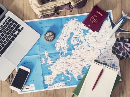 Booking on Expedia vs. Using a Travel Agent