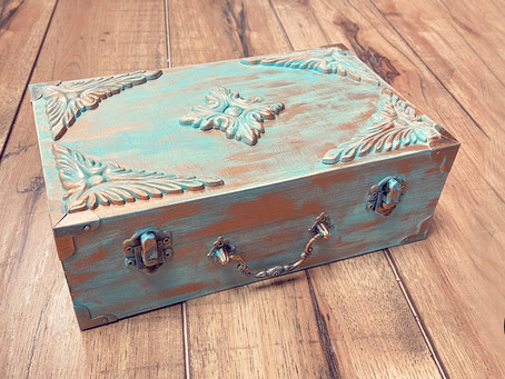How to Create a Vintage Wood Jewelry Box