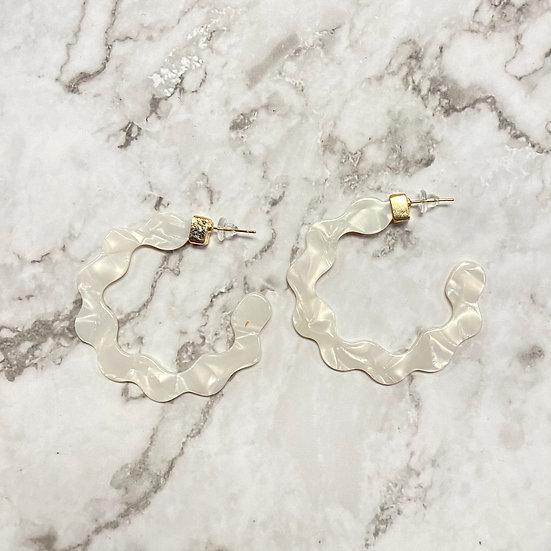 Wavy Ivory Resin Hoop Earrings