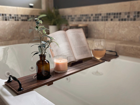 How to Create a Wood Bath Tray with Handles