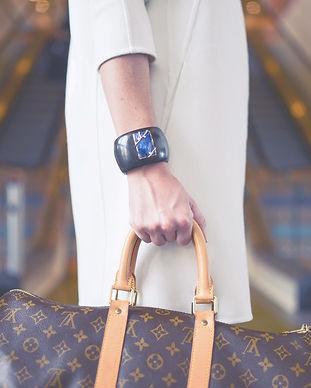 Fashionable Travelling Woman_edited_edit