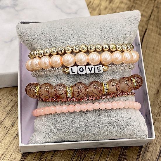 Giving Chains Bracelet Set - Love
