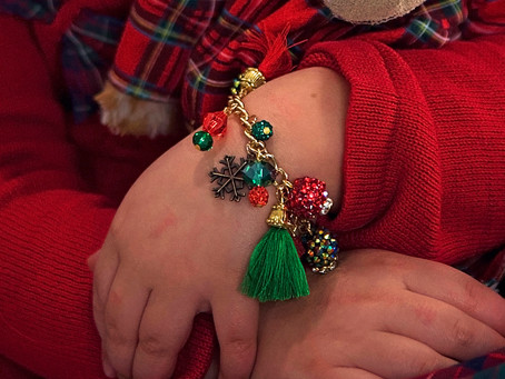 Design to Reveal: Christmas Charm Bracelet