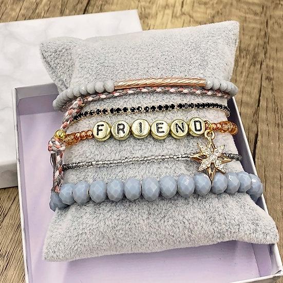 Giving Chains Bracelet Set - Friend