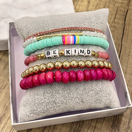 Giving Chains Bracelet Set - Be Kind