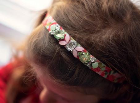 Make a Rhinestone Headband in 4 Easy Steps