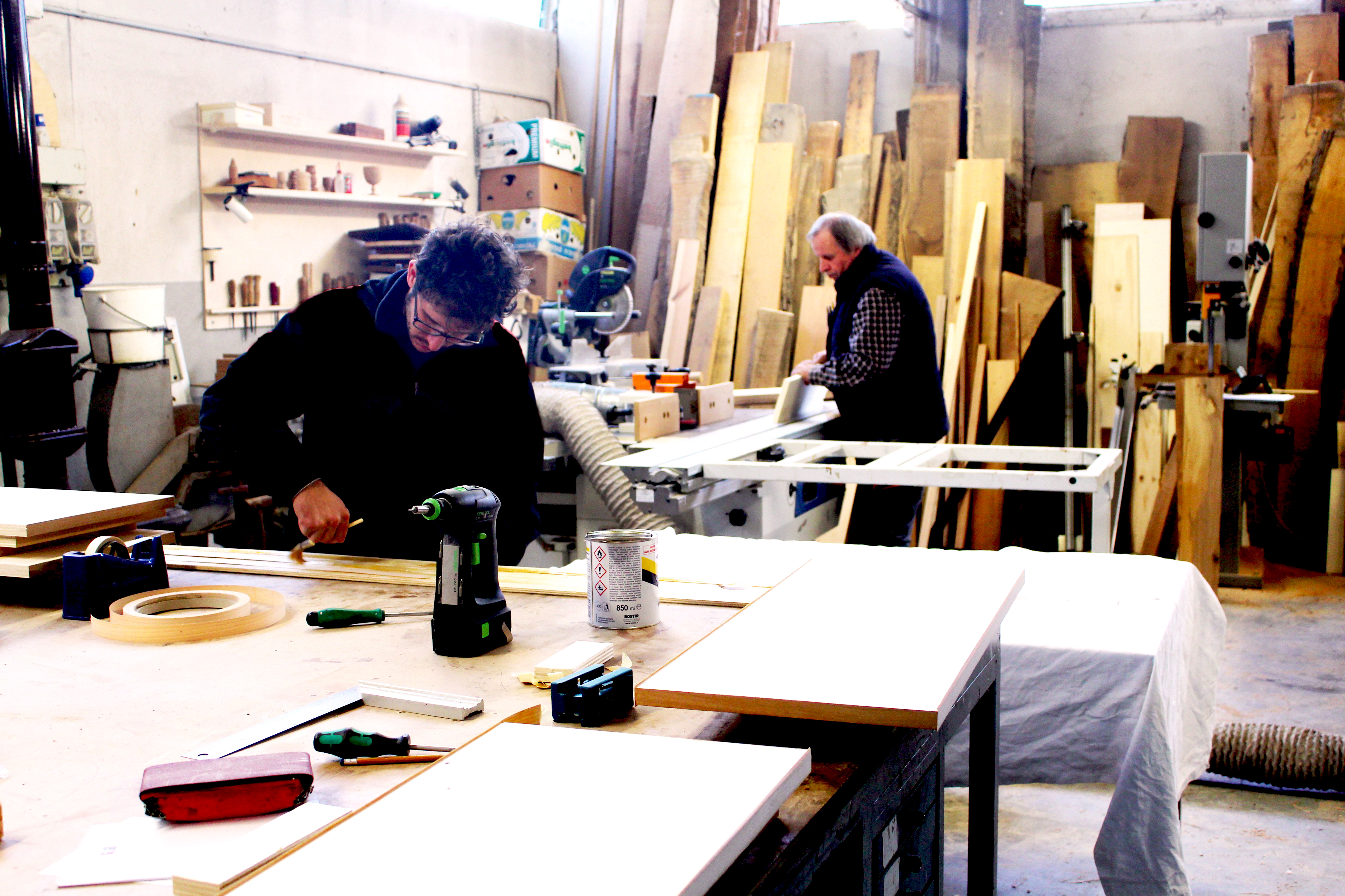 Mobili in legno massello reggio emilia ferrari falegnami for Mobili reggio emilia