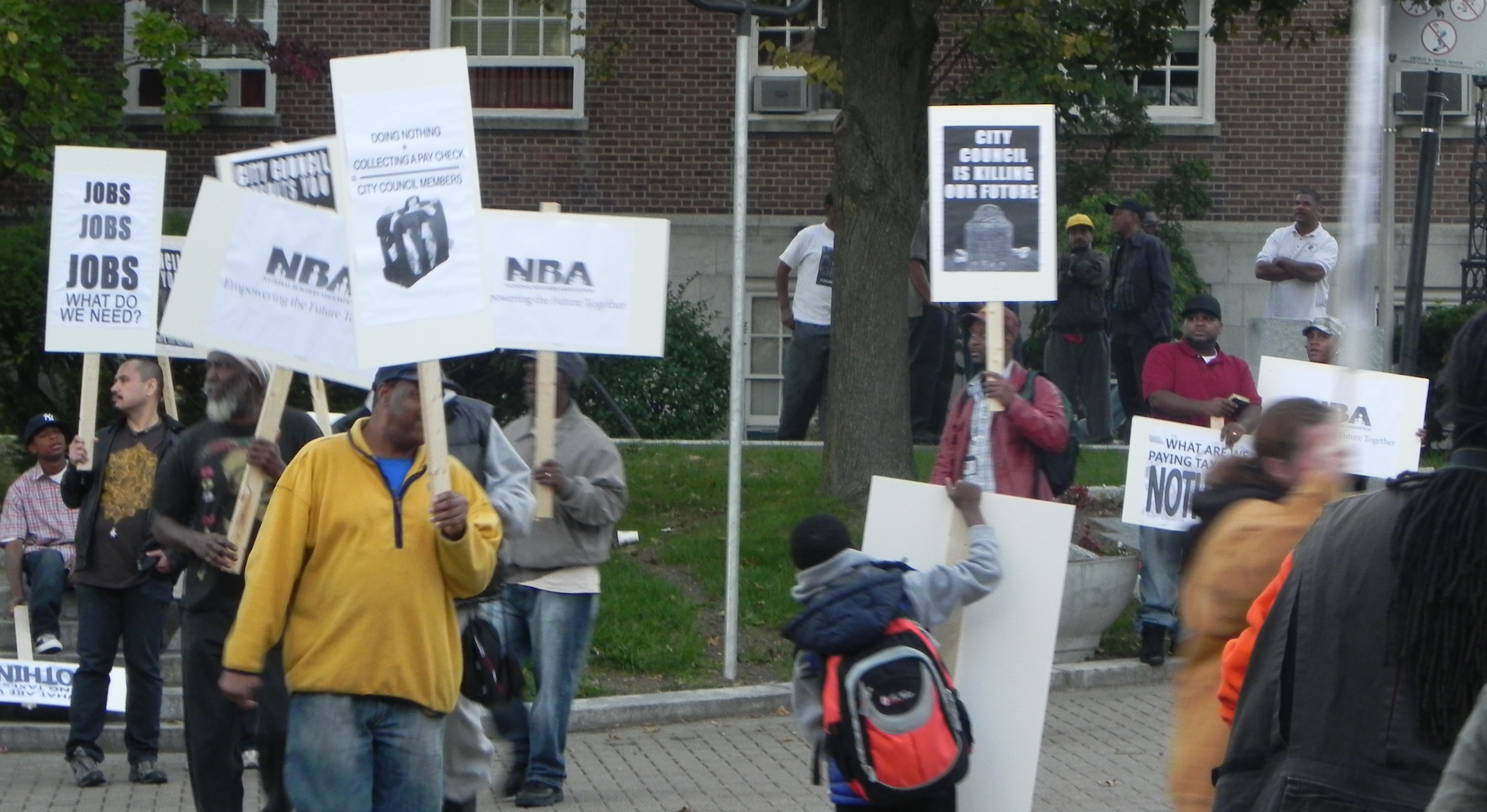 4_Picketing Line.JPG
