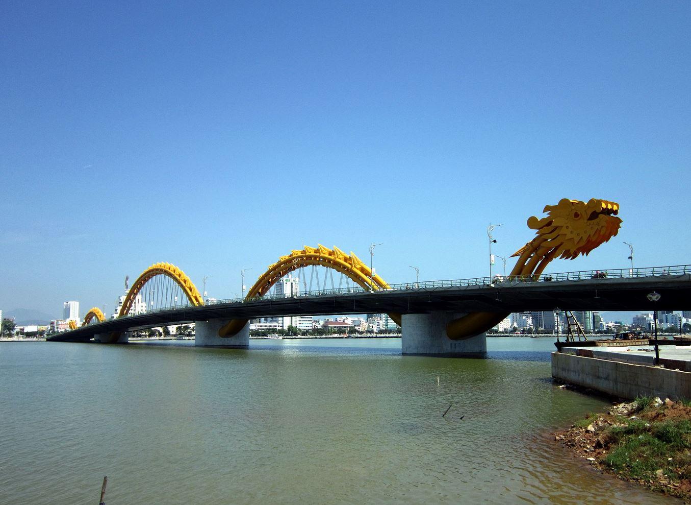 ロン橋(ドラゴン橋)