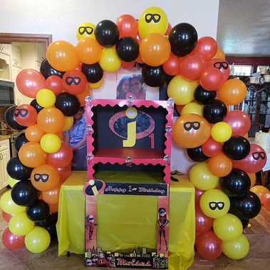 Incredibles 1st Birthday Balloon Arch, c