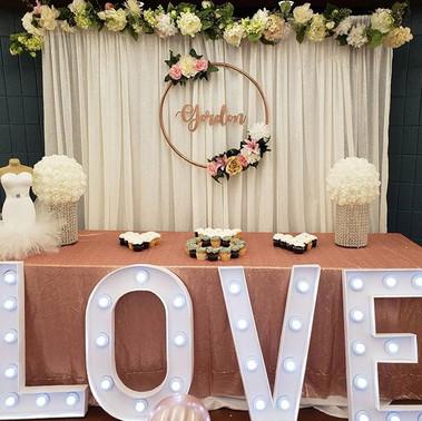 Simple and Elegant Bridal Shower decor,