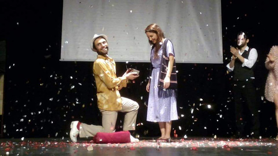 Ve Ahmed Cida Ruza'ya evlilik teklif eder...