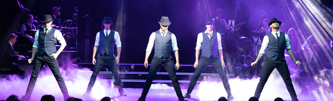 Brendan Cole, SHOW MAN-7443_edited.jpg
