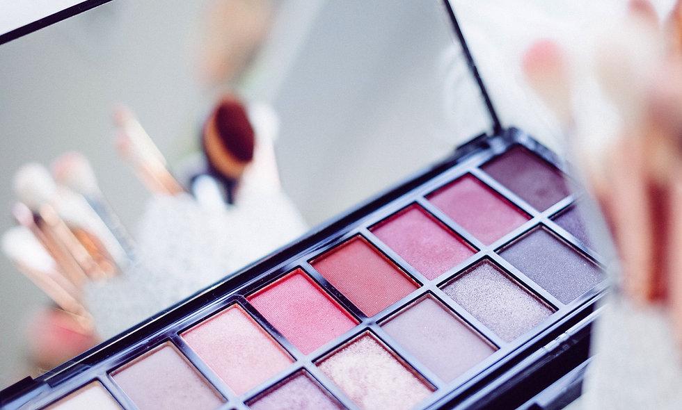 Make-up-Gruppenberatung für 3-5 Teilnehmerinnen