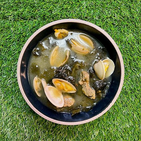 Seaweed Clam Soup 조개미역국