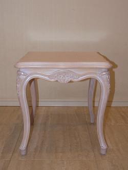 ルイ15世サイドテーブル