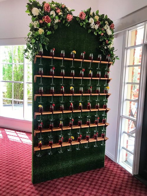 Greenery Champagne Wall