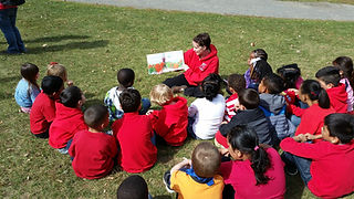 Students receive lesson at Hurds Famil Farm during Field Trip