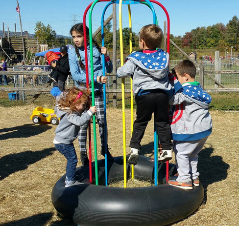 outdoor fall field trip activities kids