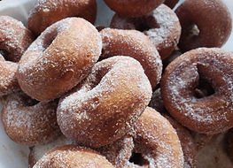 pile of apple cider donuts best in hudso