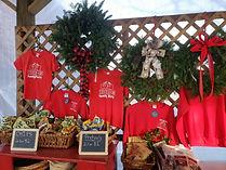 hurds family farm shirts wreaths christm
